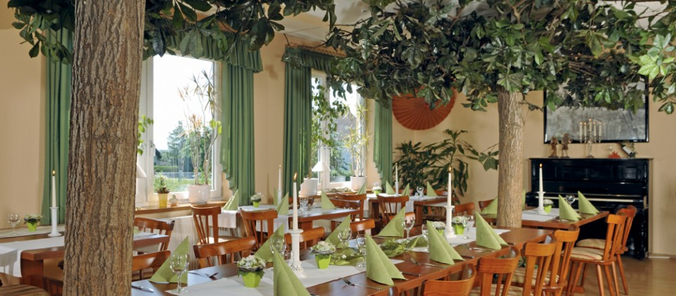 landhotel restaurant litf sschen m cke atzenhain. Black Bedroom Furniture Sets. Home Design Ideas